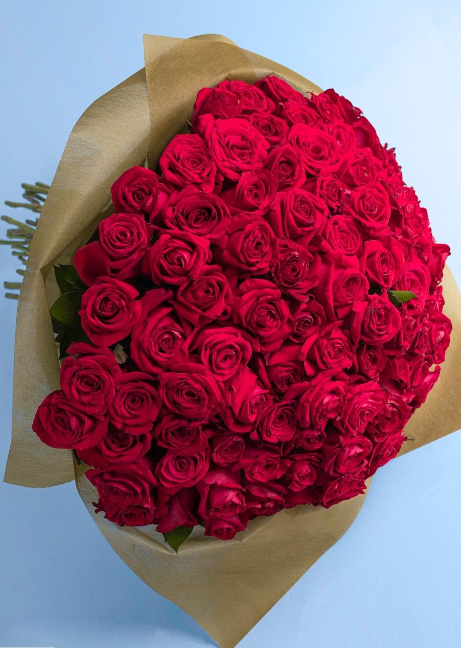 Imagen para Ramo con 100 rosas rojas enviaflores - 1
