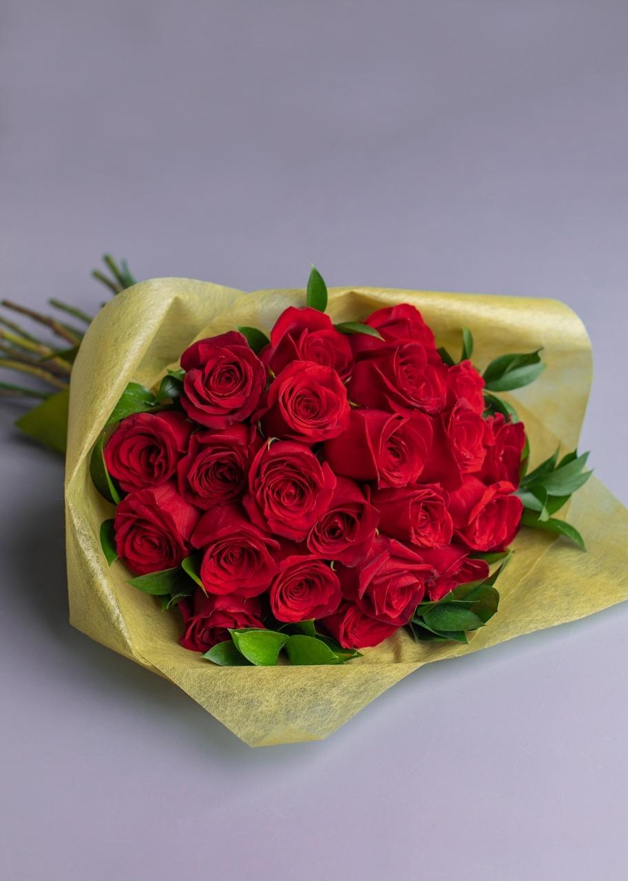 Imagen para Ramo de 24 Rosas Rojas - 1