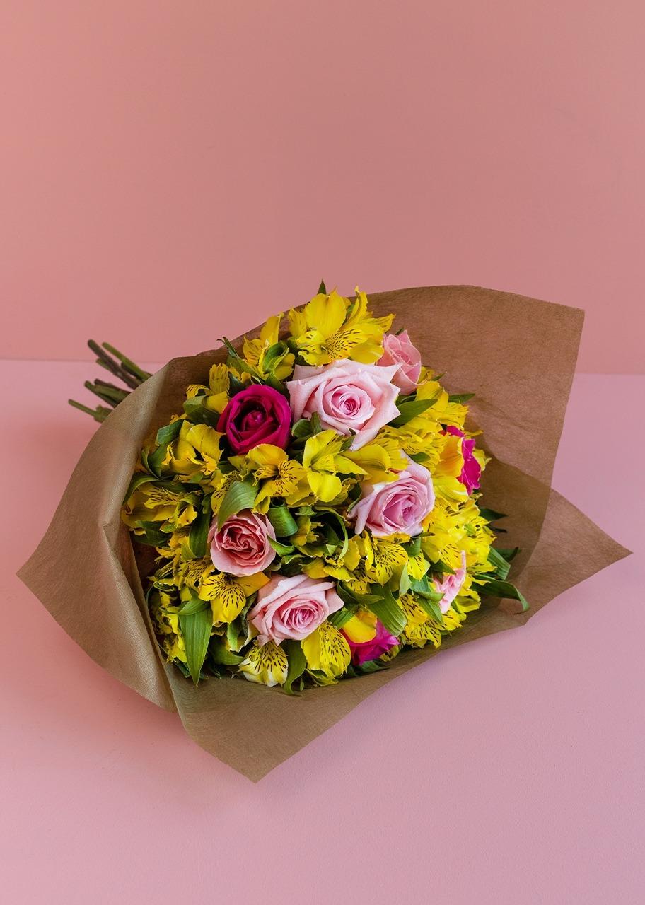 Imagen para Ramo de 9 Rosas y Alstroemerias - 1