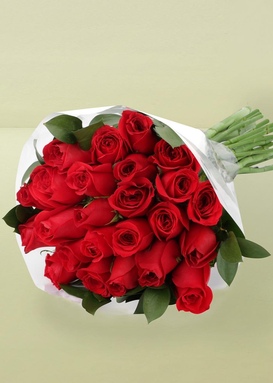 Imagen para Ramo de Amor con 24 Rosas Rojas  - 1