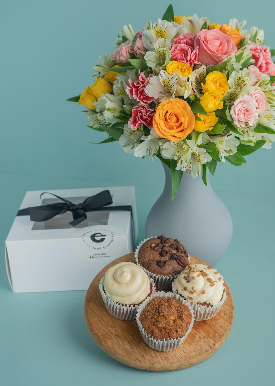 Imagen para Regalo Muffins con arreglo de flores - 1