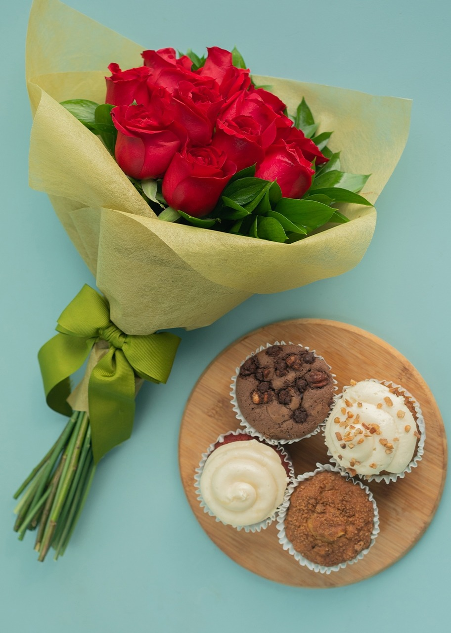 Imagen para Gift Muffins with bouquet of roses - 1