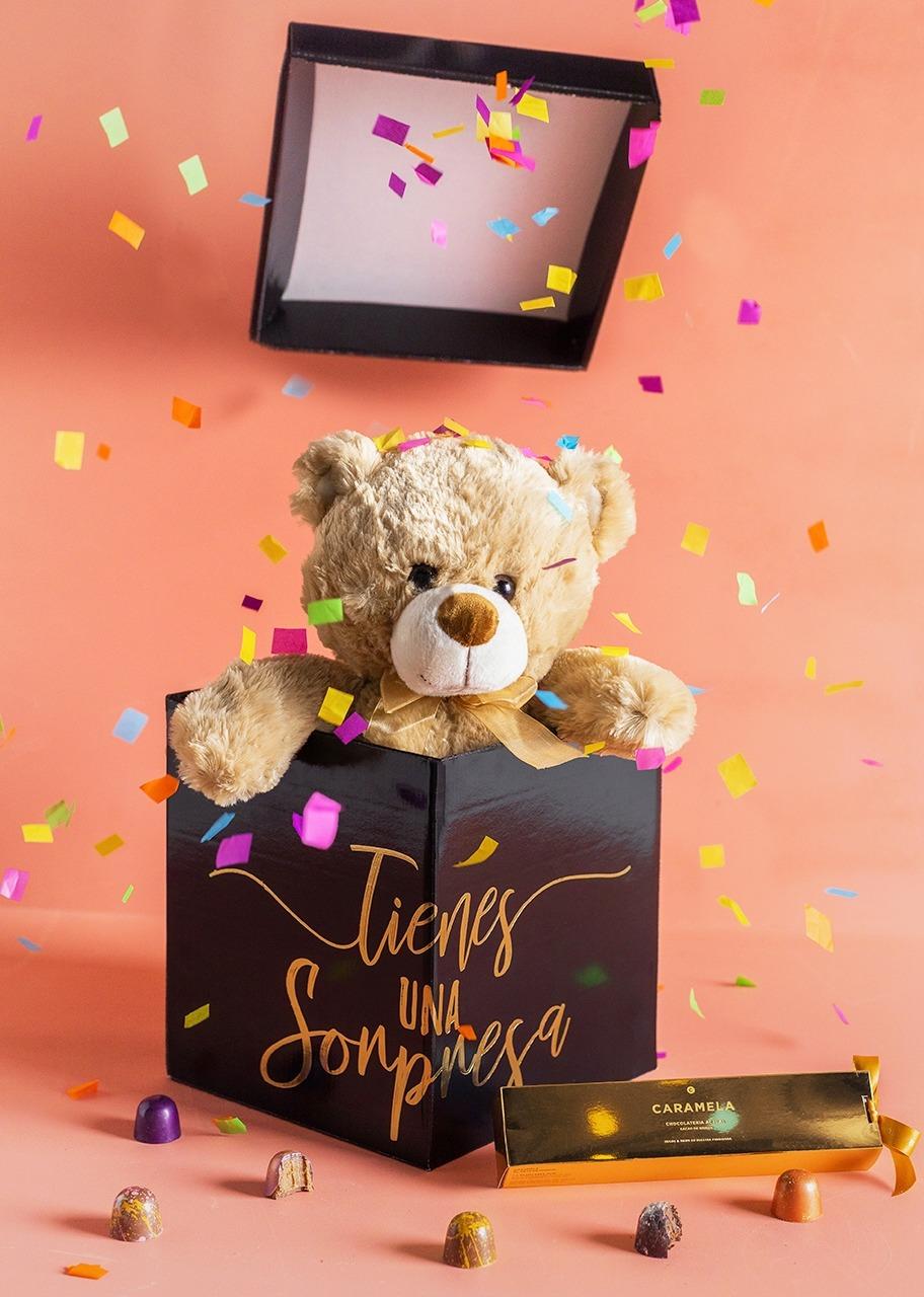 Imagen para Teddy Bear in Surprise Box - 1