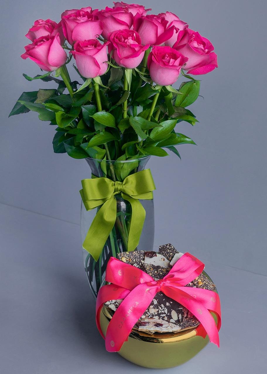 Imagen para Regalo Toffee Esfera M con Rosas Fiusha - 1