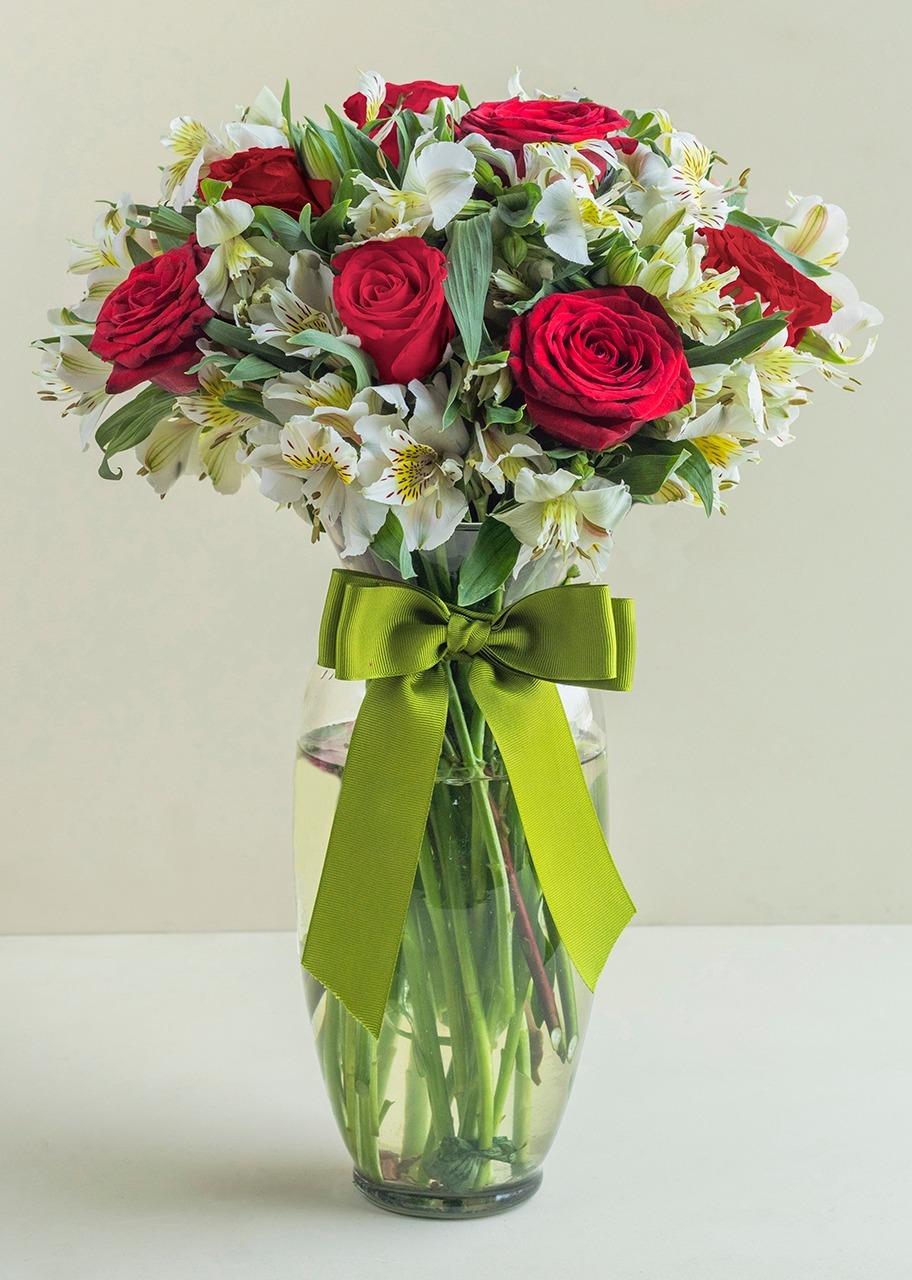 Imagen para 9 Rosas Rojas y Alstroemerias en jarrón - 1
