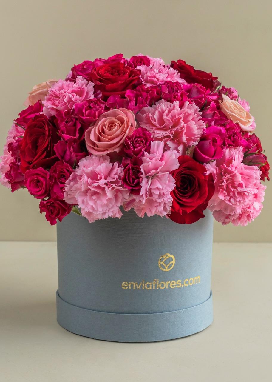 Imagen para Rosas Rosas y Rojas en Caja - 1