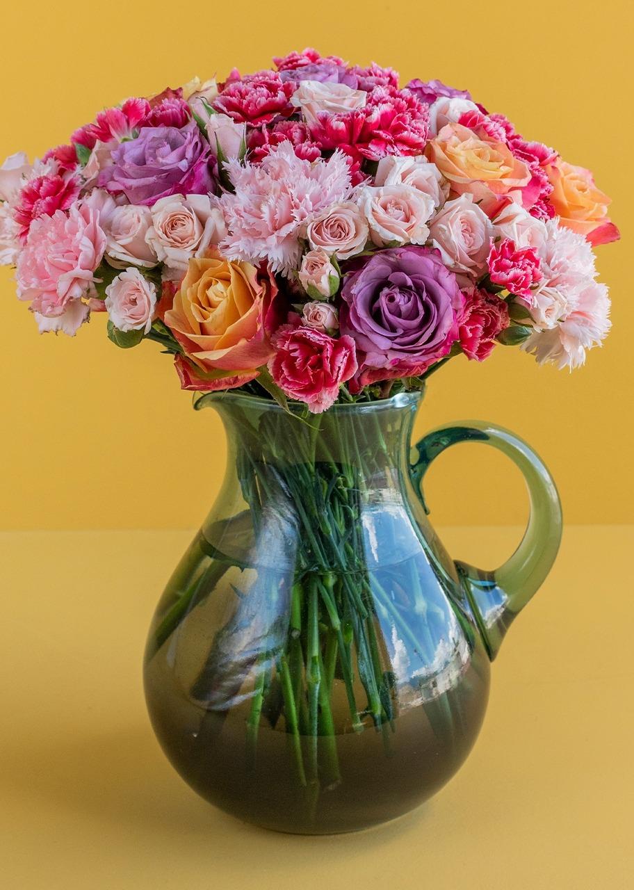 Imagen para Rosas combinadas en jarra - 1