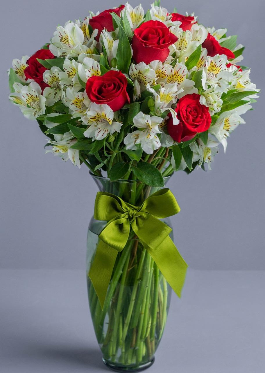 Imagen para 12 Rosas rojas con Alstroemeria blanca - 1