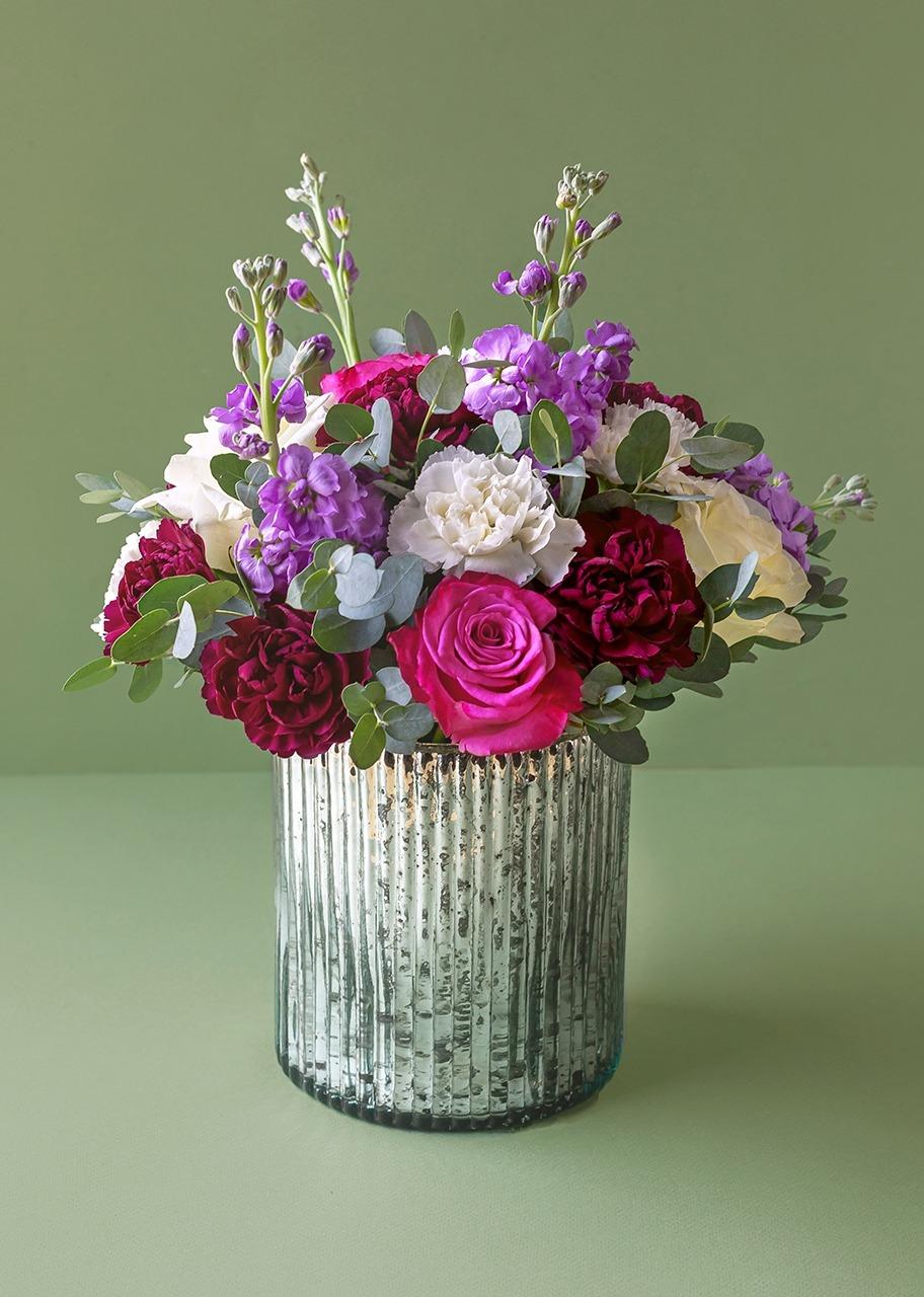 Imagen para Rosas y claveles en base platinada - 1
