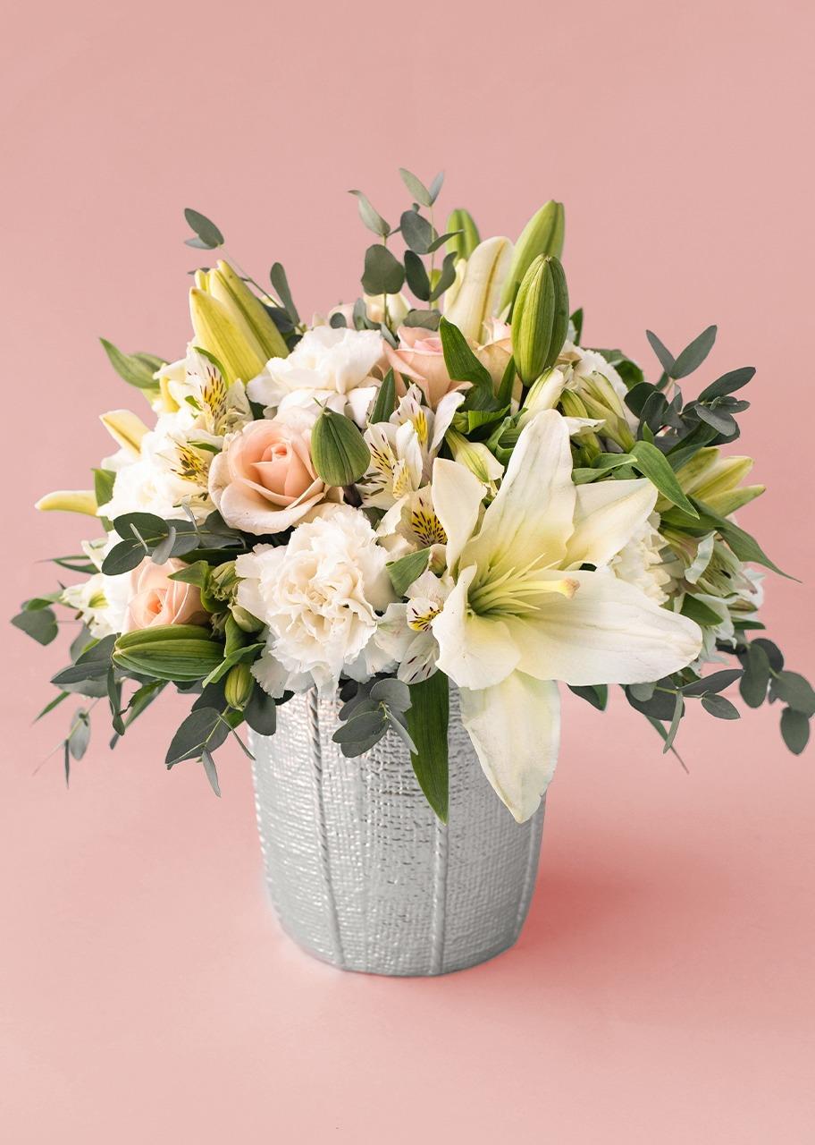 Imagen para Lilys y mini rosas en base de cerámica - 1