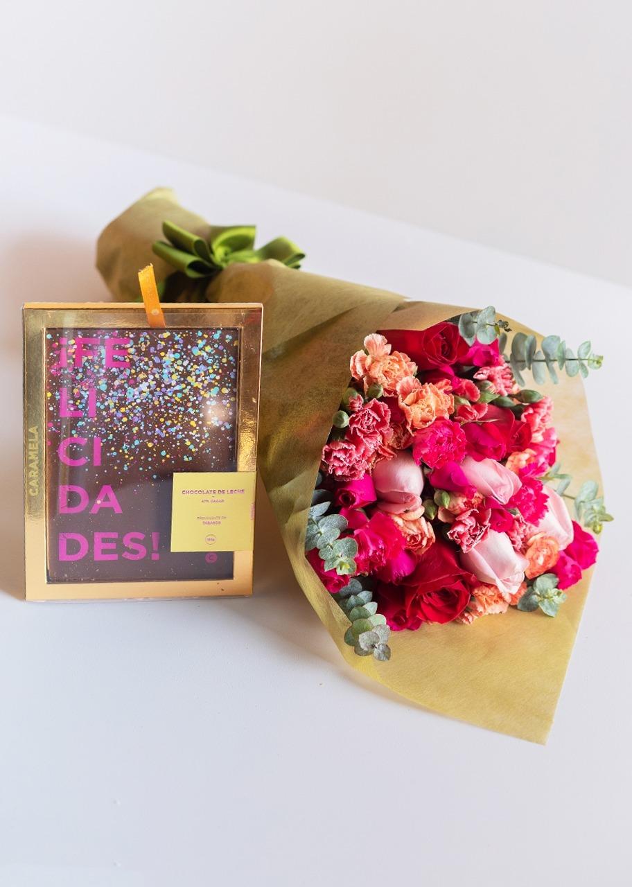 Imagen para Tarjeta de chocolate Felicidades con Ramo - 1