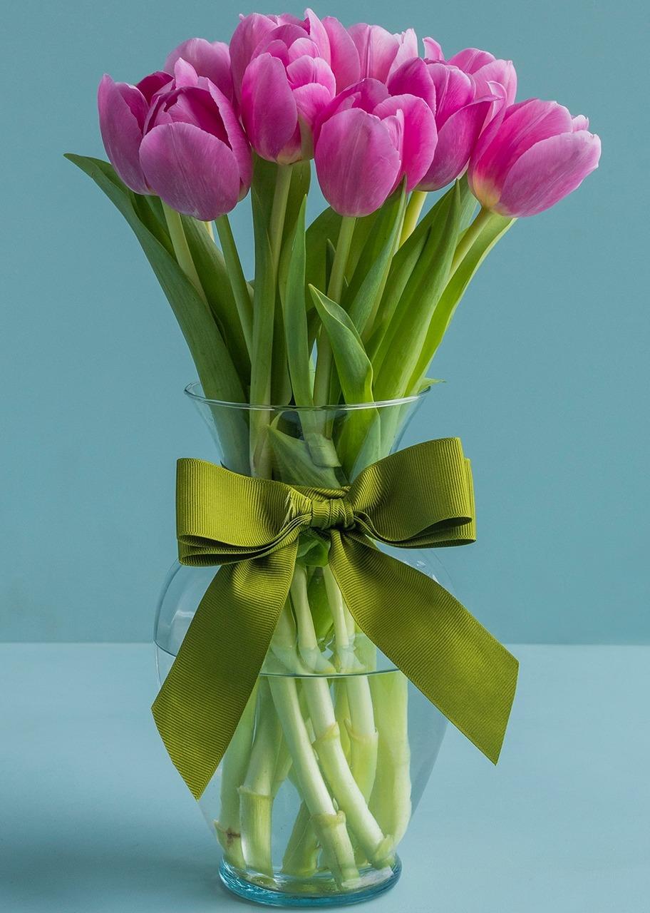 Arreglo De Tulipanes Rosas En Jarrón