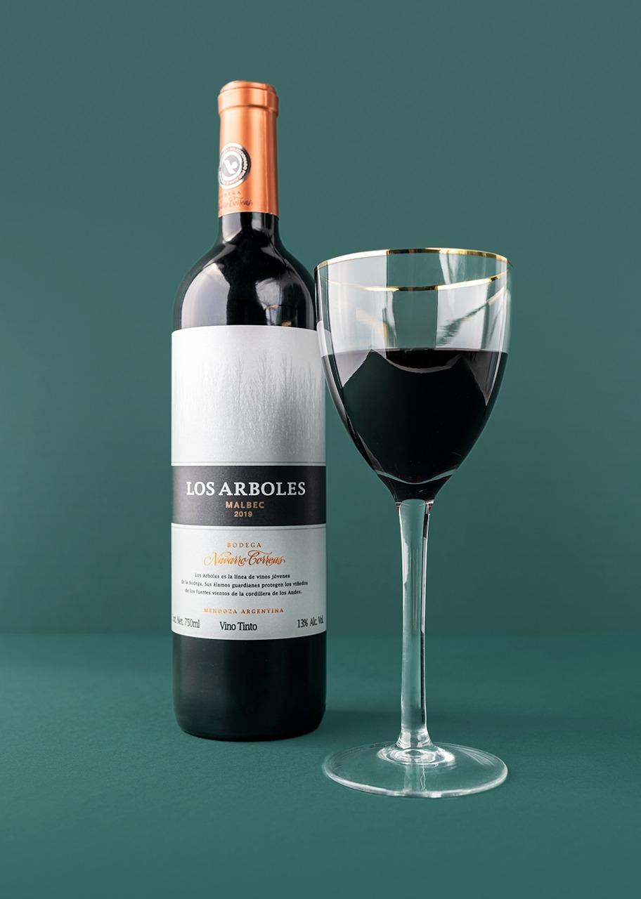 Imagen para Vino tinto Los Arboles Navarro Correas - 1