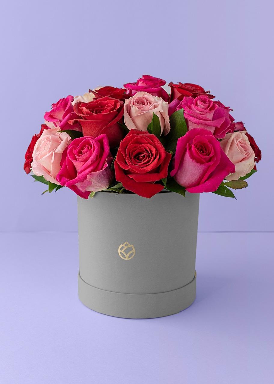 Imagen para 24 rosas de colores en caja gris - 1