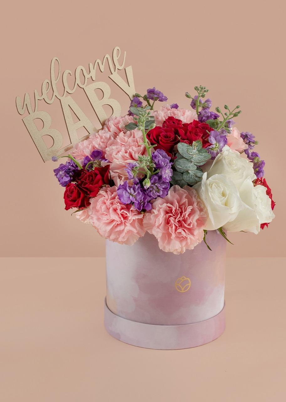 Imagen para Rosas y mini rosas moradas en caja rosa - 1