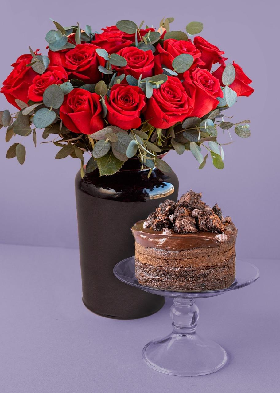 Imagen para 18 Rosas rojas con Chocolate Cake - 1