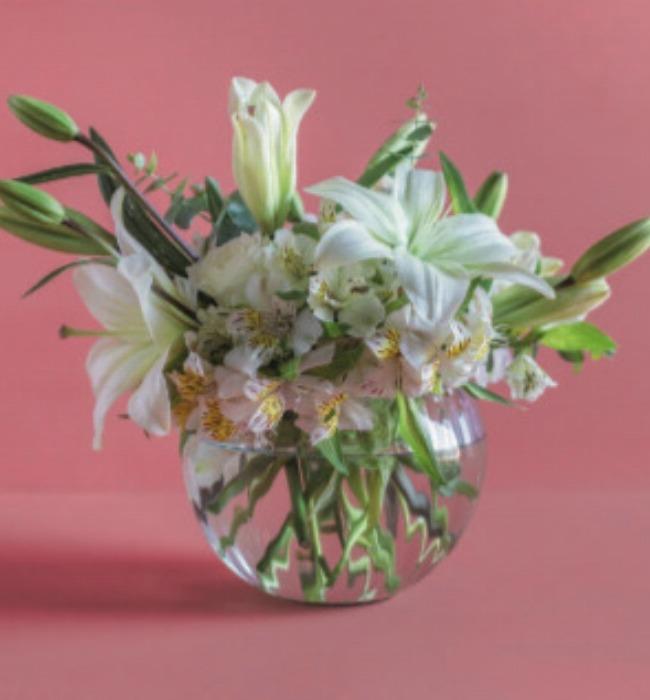 Imagen para Corporativo Chico Lily con rosas - 1