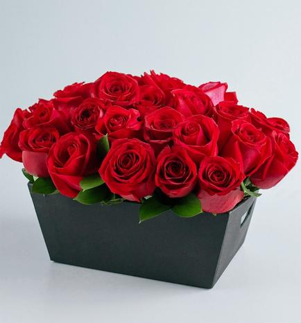 Basket with 24 Romantic Roses